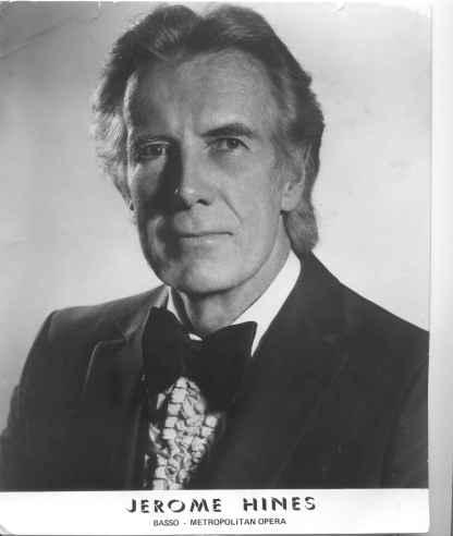 Jerome Hines, Met 1